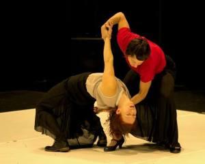 femmes bustes femmes de la lune rouge arielle et sonia